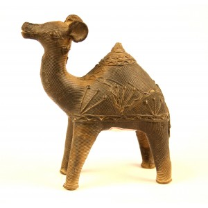 Dhokra camel with intricate line etching