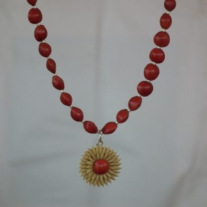 Cherry red beeds with rice pendent